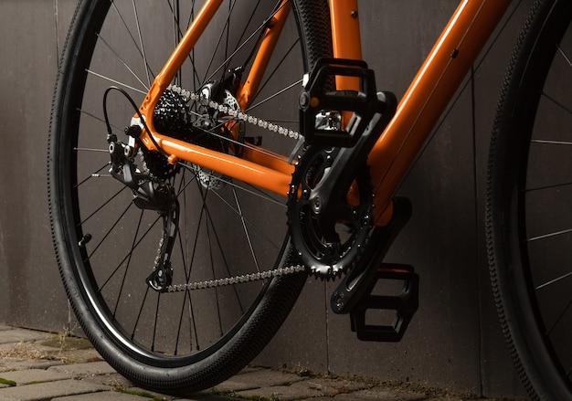 Grind fiets. close-up transmissie van grindfiets voor offroad fietsen.