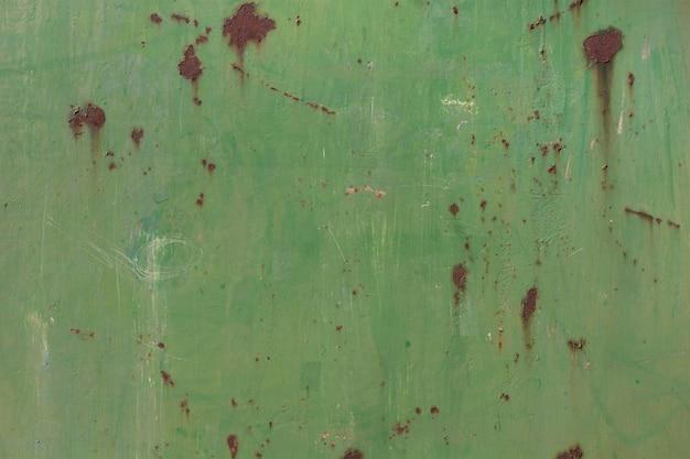 Groen gekleurde metalen wand