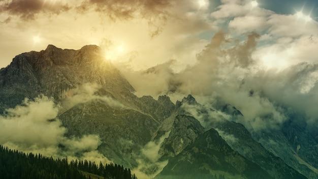 Groene berg Gratis Foto