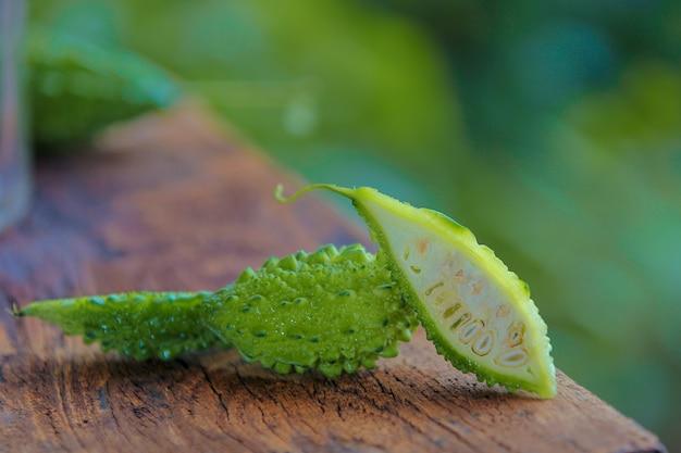 Groene bittere meloen