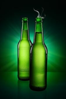 Groene flessen bier