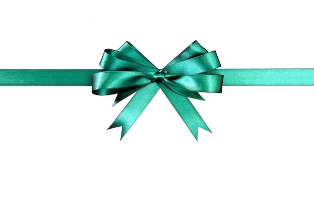 Groene gift lint boog geïsoleerd op een witte achtergrond