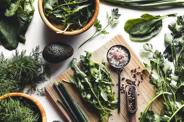 Groene groenten en fruit bovenaanzicht