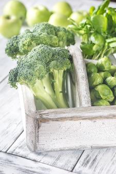 Groene groenten met kruiden
