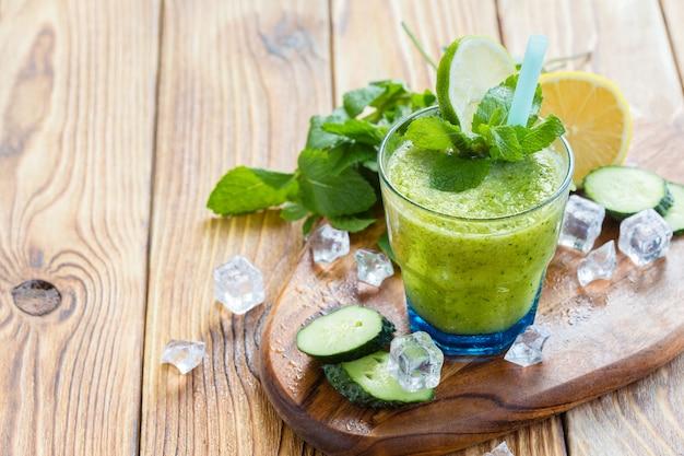 Groene groentesmoothie