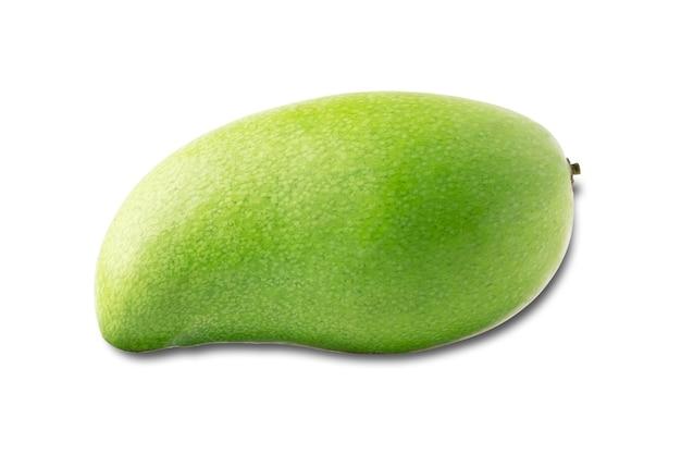 Groene mango in geïsoleerd met het knippen van weg.