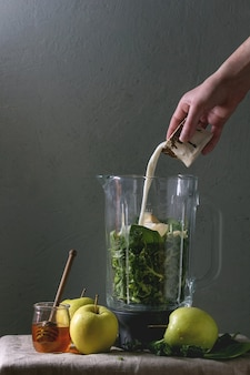 Groene spinazie appel smoothie