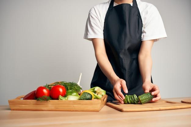 Groenten snijden koken eten gezond eten keuken