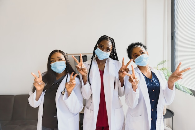 Groep afrikaanse artsenportret