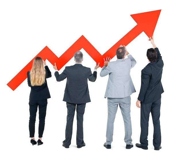 Groep van mensen uit het bedrijfsleven over economisch herstel