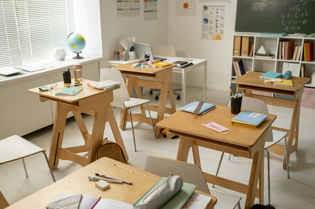 Groep werkplekken van middelbare scholieren