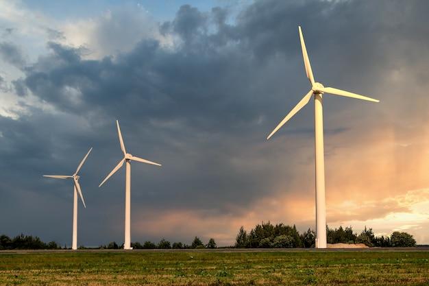 Groep windmolens voor de productie van hernieuwbare elektrische energie