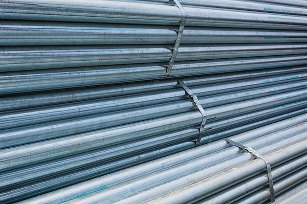 Groot staal fabriek magazijn