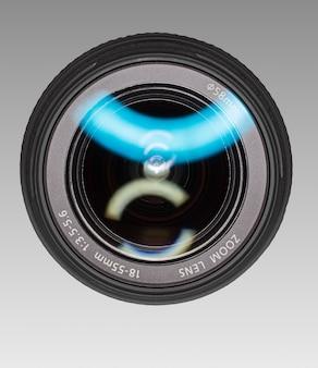 Groothoeklens voor digitale camera. vooraanzicht.