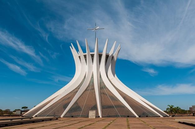 Grootstedelijke kathedraal brasilia df brazil op 14 augustus 2008 door oscar niemeyer