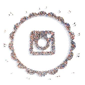 Grote groep mensen in de vorm van media iconen flashmob geïsoleerde witte achtergrond