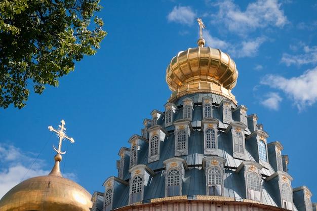 Grote kloosters van rusland. nieuw jeruzalem-klooster, istra.