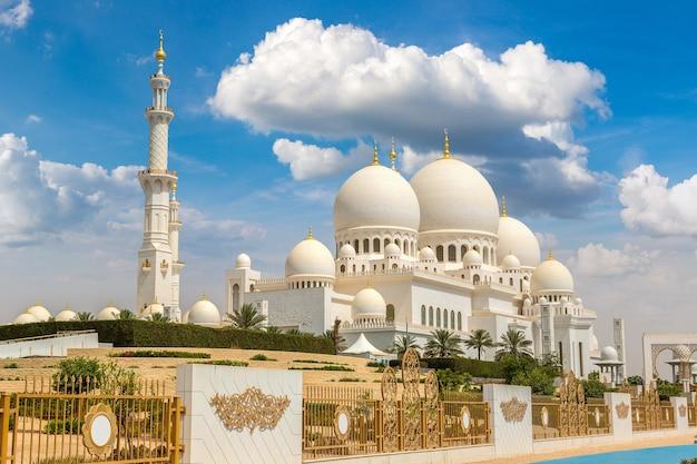 Grote moskee sheikh zayed in abu dhabi, verenigde arabische emiraten
