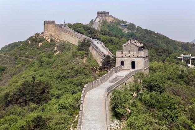 Grote muur van china in het voorjaar. in de buurt van peking Premium Foto
