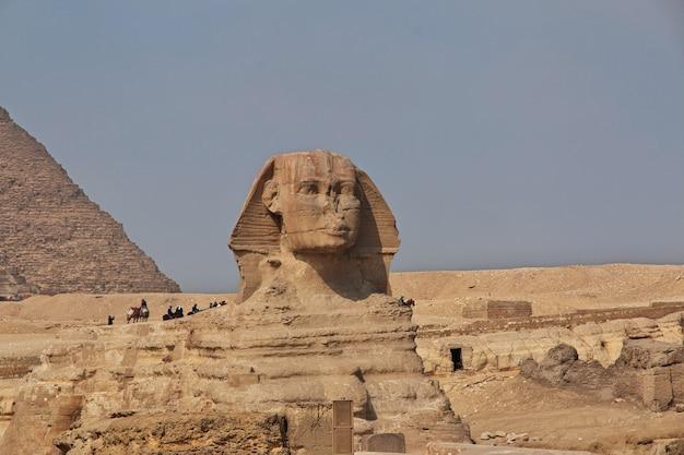 Grote piramides van het oude egypte in gizeh caïro
