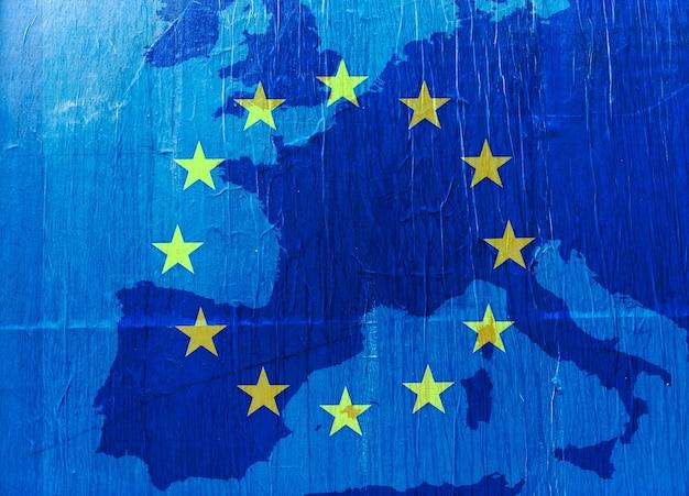 Grunge europa-kaart in blauw met de eu-sterren