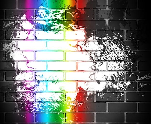 Grungeachtergrond met zwarte bakstenen muur met een regenboog
