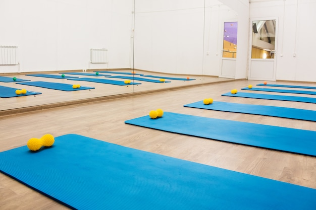 Gym voor pilates-training en fitnesssporten