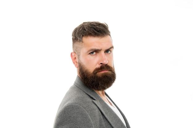Haar- en baardverzorging. mannelijke kapper zorg. rijpe hipster met baard. bebaarde man. brutale kaukasische hipster met snor. gezichtsverzorging. man die modeblog onderhoudt. hipstermode.