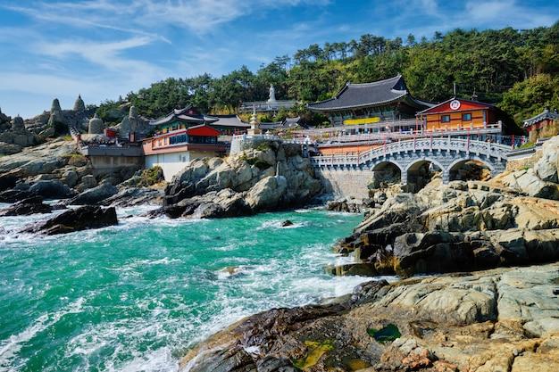 Haedong yonggungsa-tempel. busan, zuid-korea