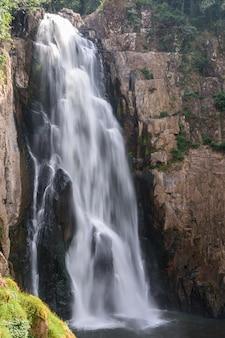 Haew narok-waterval
