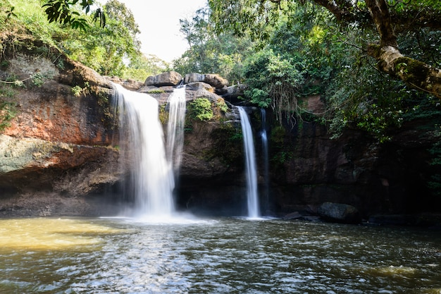 Haew suwat-waterval