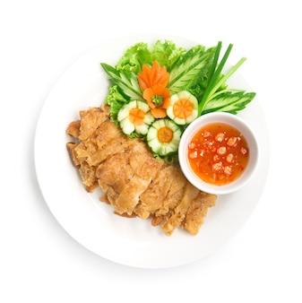 Hainanese krokant gebakken kip zonder rijst met sojasaus