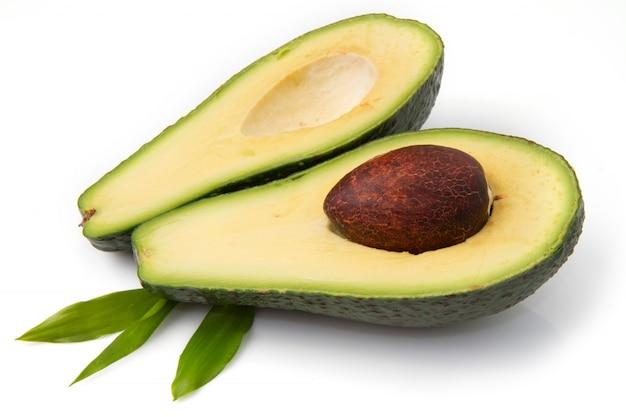 Half gesneden avocado