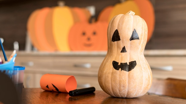 Halloween-concept met pompoen