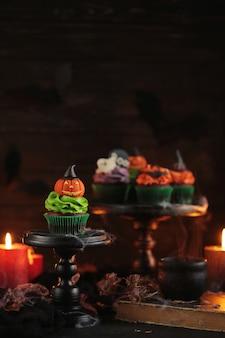 Halloween cupcake met pompoen
