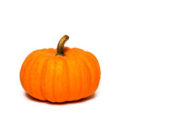 Halloween-decoratieachtergrond. geïsoleerd