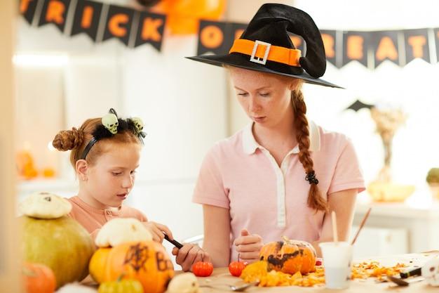 Halloween-feest met moeder