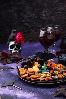 Halloween hapjes kaasplankje met hapjes