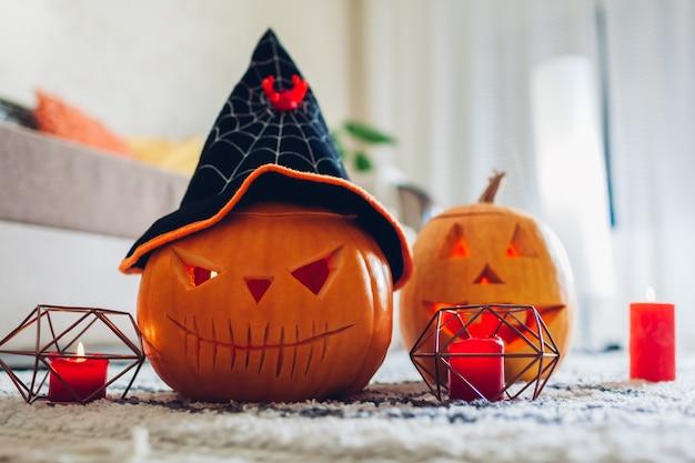 Halloween jack-o-lantaarn pompoenen