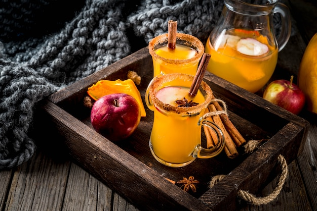 Halloween, thanksgiving. traditionele herfst, winterdranken en cocktails.