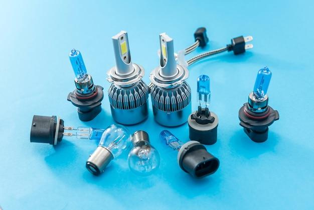 Halogeen diode autolamp. uitrusting voor koplamp. lamptechnologie