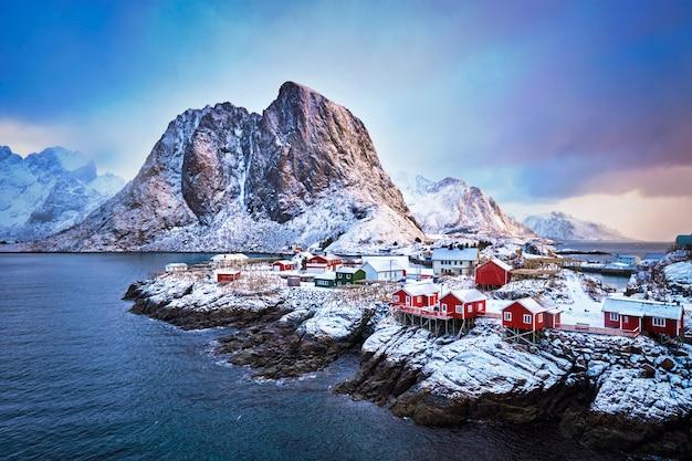 Hamnoy vissersdorp op de lofoten eilanden, noorwegen