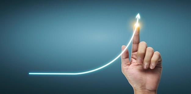 Hand aanraken van grafieken van financiële indicator en boekhoudkundige analyse van markteconomie