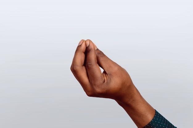 Hand die een italiaans gebaar maakt.