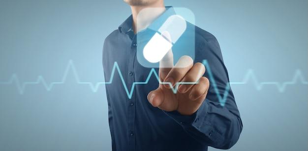 Hand dubbele blootstelling van gezondheidszorg en geneeskunde concept. virtuele scherminterface