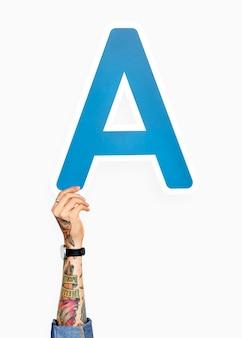 Hand met de letter a