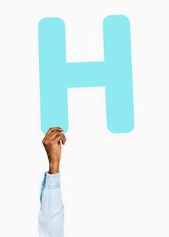 Hand met h-teken, geïsoleerd op wit