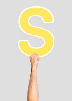 Hand met letter s teken