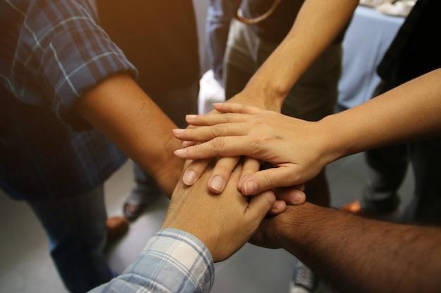 Hand team werk succes project