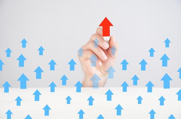 Hand tekenen leiderschap concepten met pijlen.